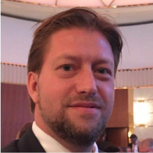 Dr Torsten Dennin